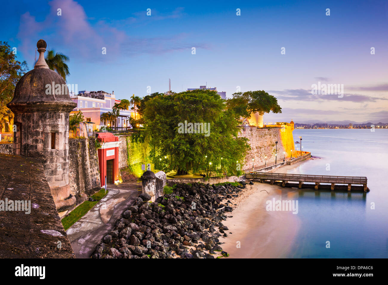 San Juan, Puerto Rico, costa, en el Paseo de la Princesa. Imagen De Stock