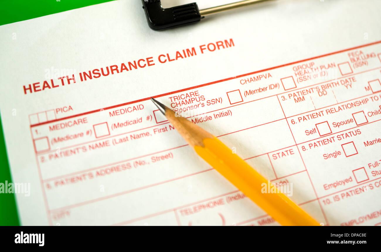 Formulario de reclamación de seguros de salud - Profundidad de campo Imagen De Stock