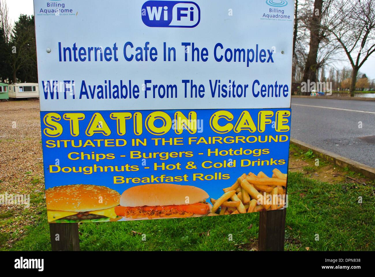 Cafe Internet Wi Fi firmar Imagen De Stock