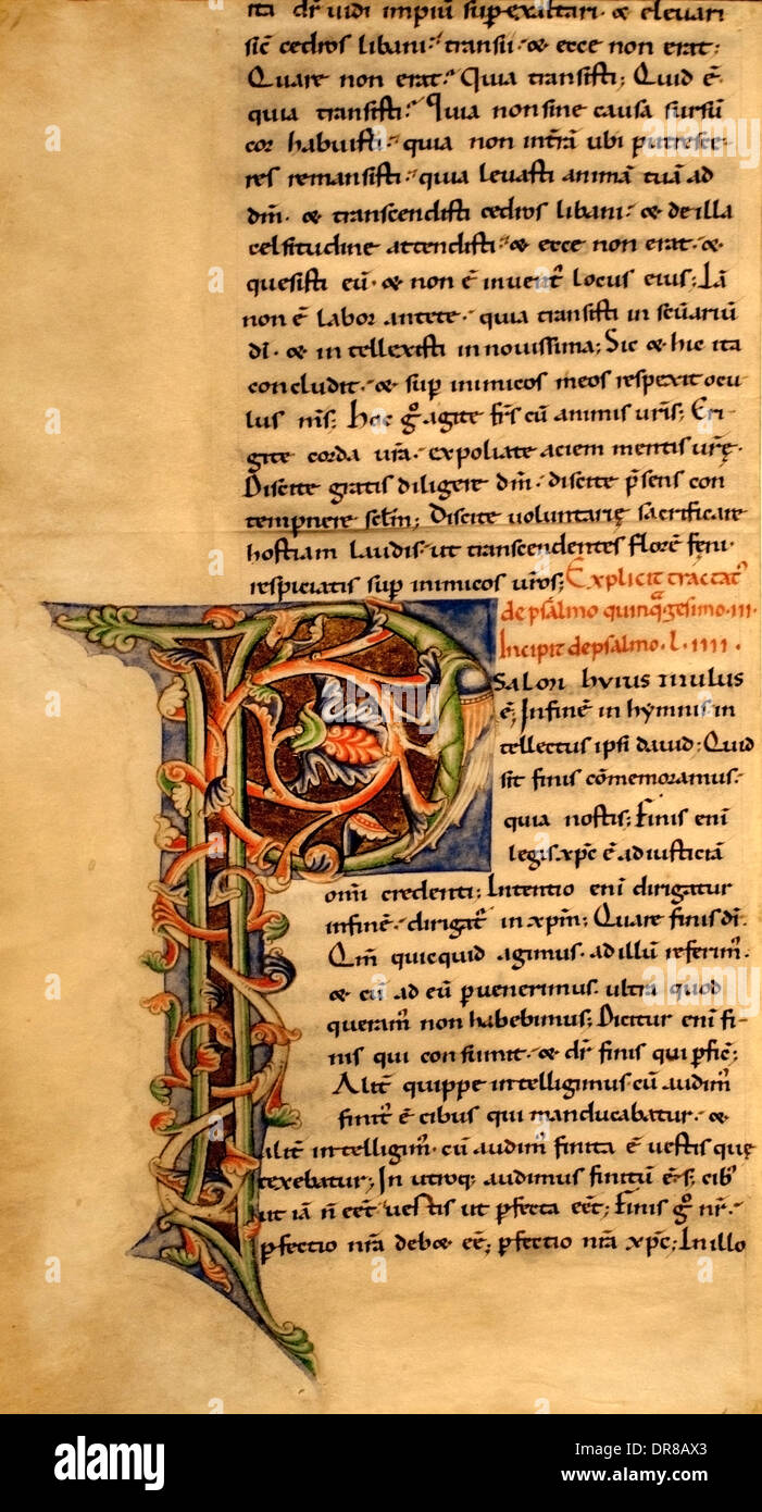 Fragmento de hoja en el comentario a los salmos de San Augustain 1150-1160 Chartres Francia Imagen De Stock