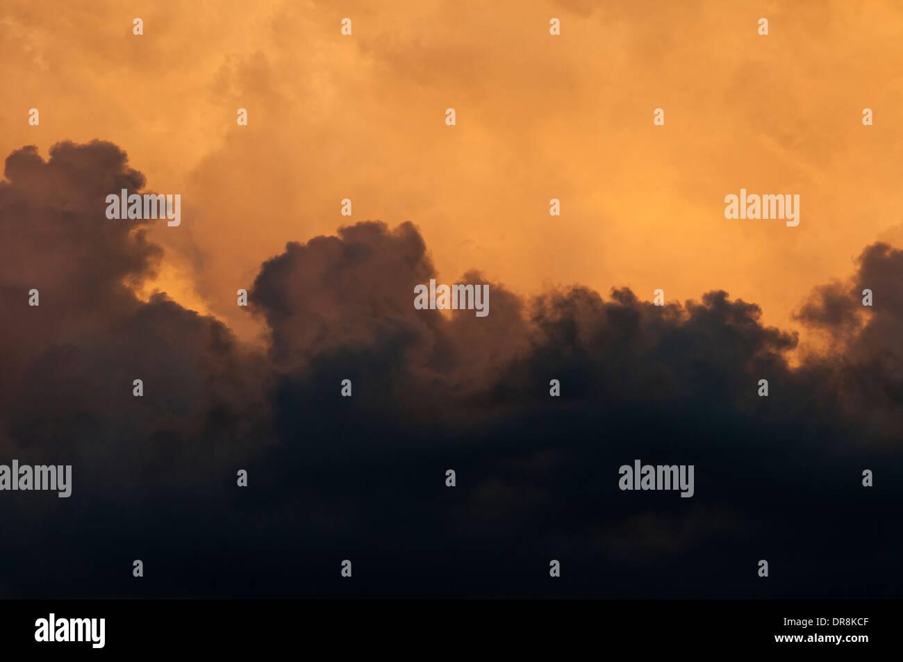 Thunderhead cloud al atardecer por encima de la cuenca stanley idaho Imagen De Stock