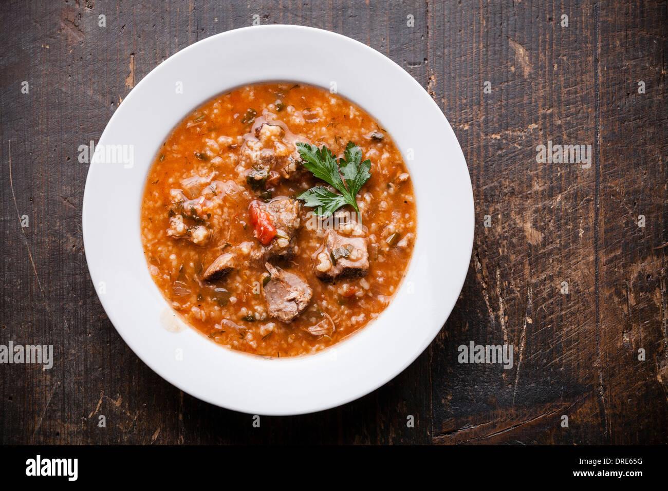Kharcho sopa con carne y arroz Imagen De Stock