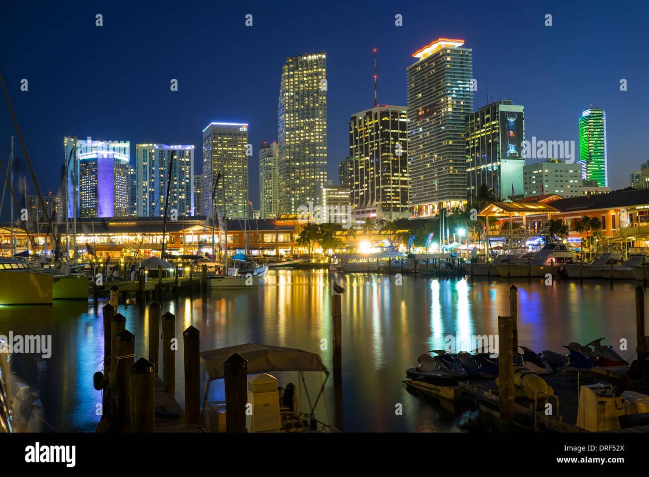 Horizonte financiero de Miami, Florida, EE.UU. Imagen De Stock