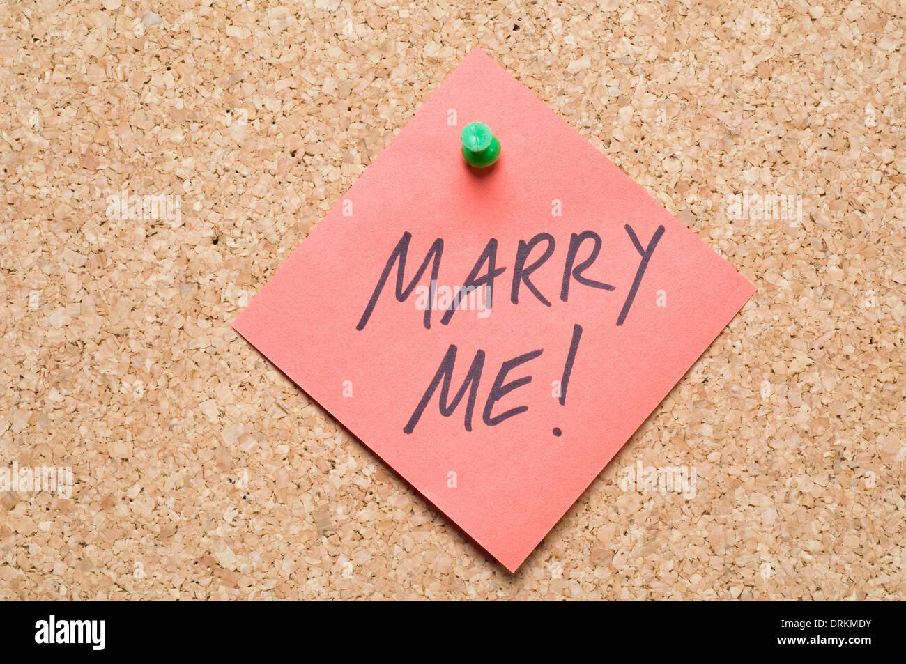 Message Marry Me Imágenes De Stock & Message Marry Me Fotos De Stock ...