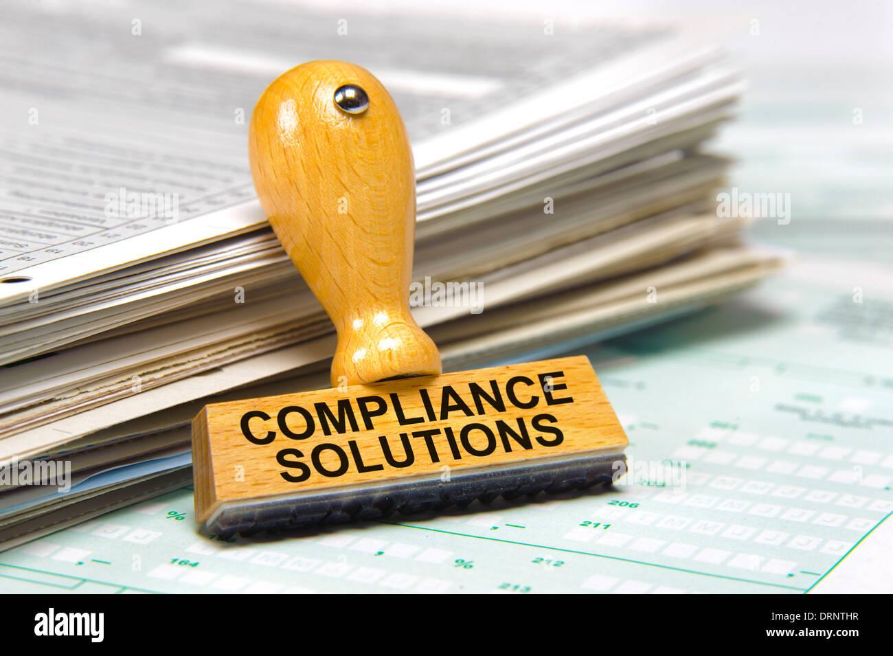 Soluciones de cumplimiento de normativas marcados en sello de caucho Imagen De Stock