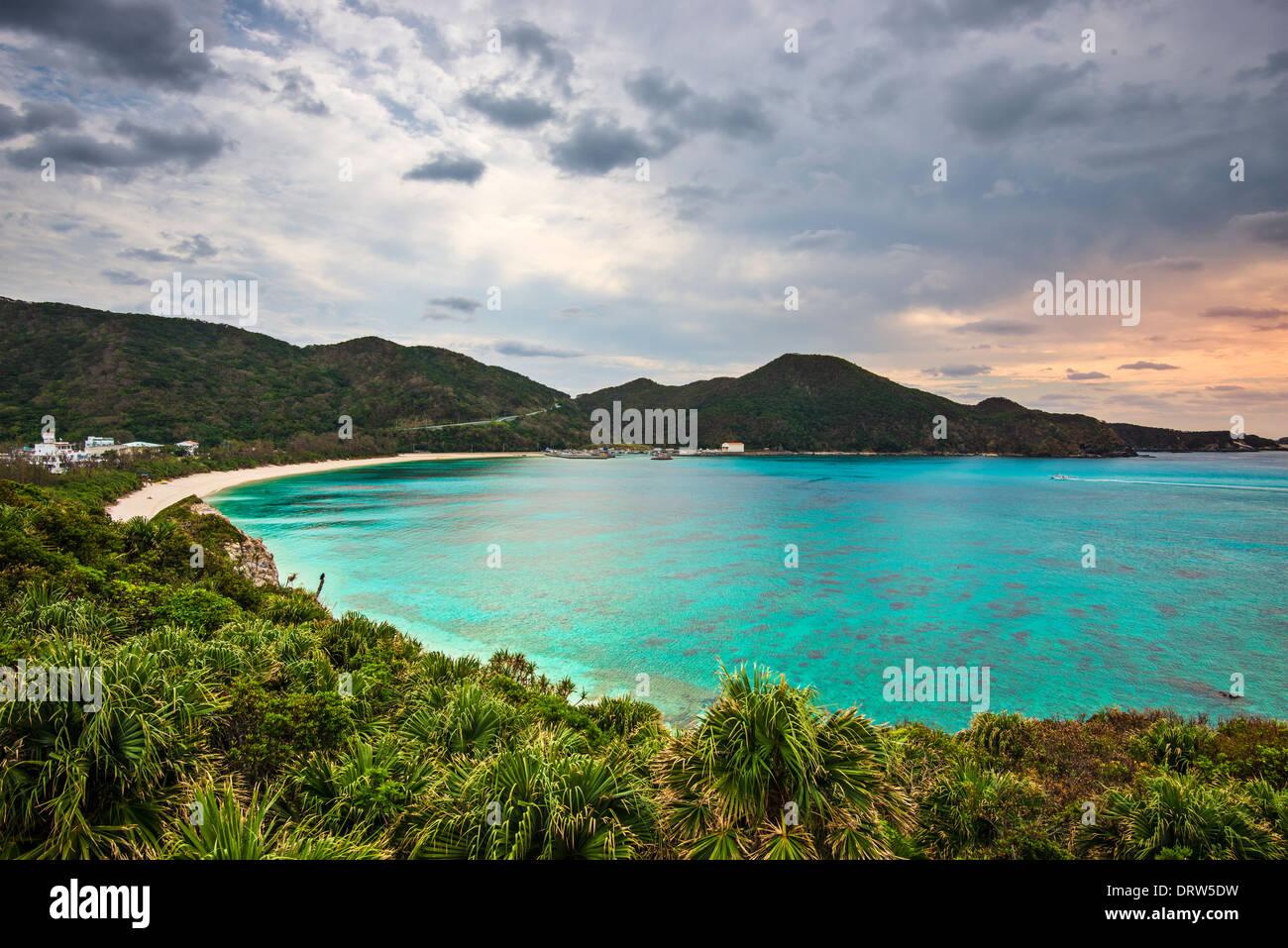 Tokashiki Aharen Beach en la isla de Okinawa, Japón. Foto de stock