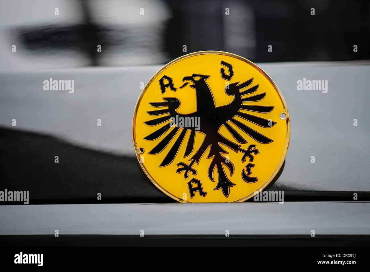 Insignia del club alemán Rejilla de Coche ADAC