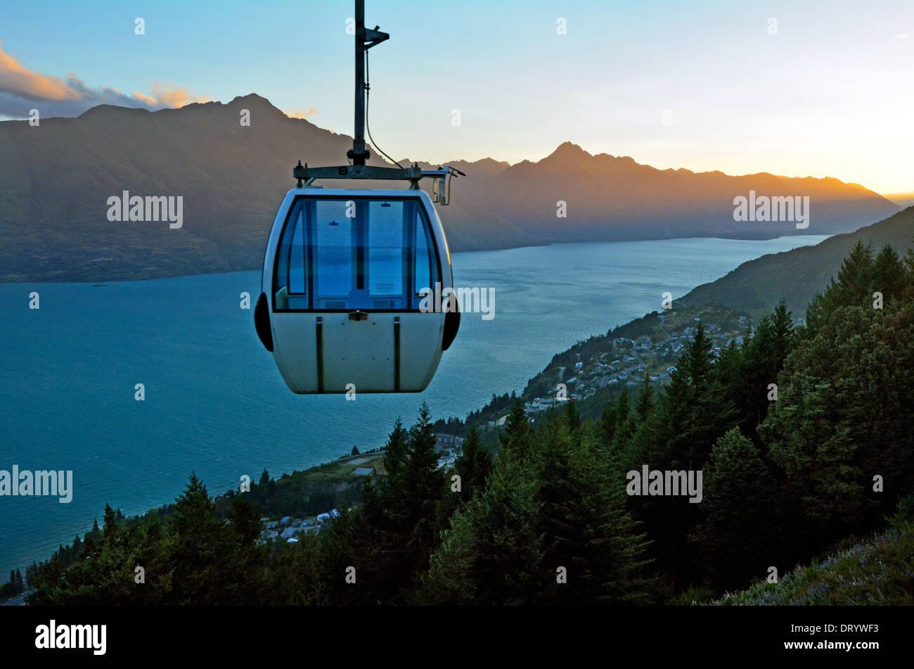 Skyline Gondola Teleférico en Queenstown, Nueva Zelanda Imagen De Stock