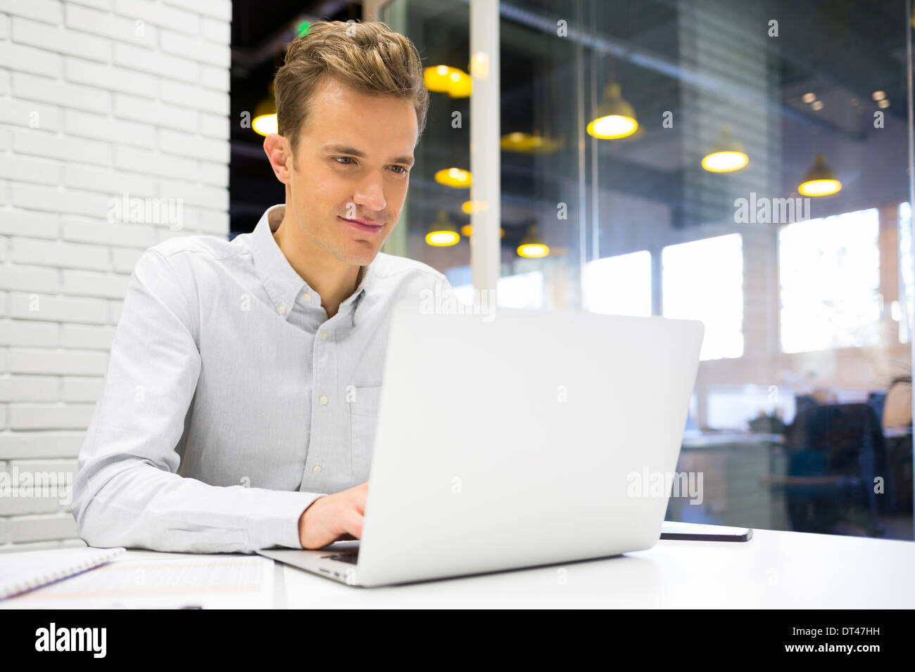 Mal negocio inicio escritorio de ordenador Imagen De Stock