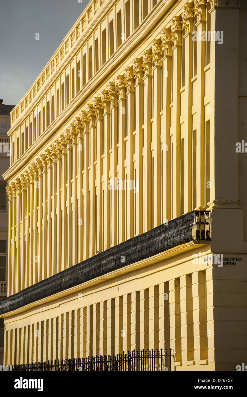 Brunswick Terrace, la clásica arquitectura Regency en Hove paseo Imagen De Stock