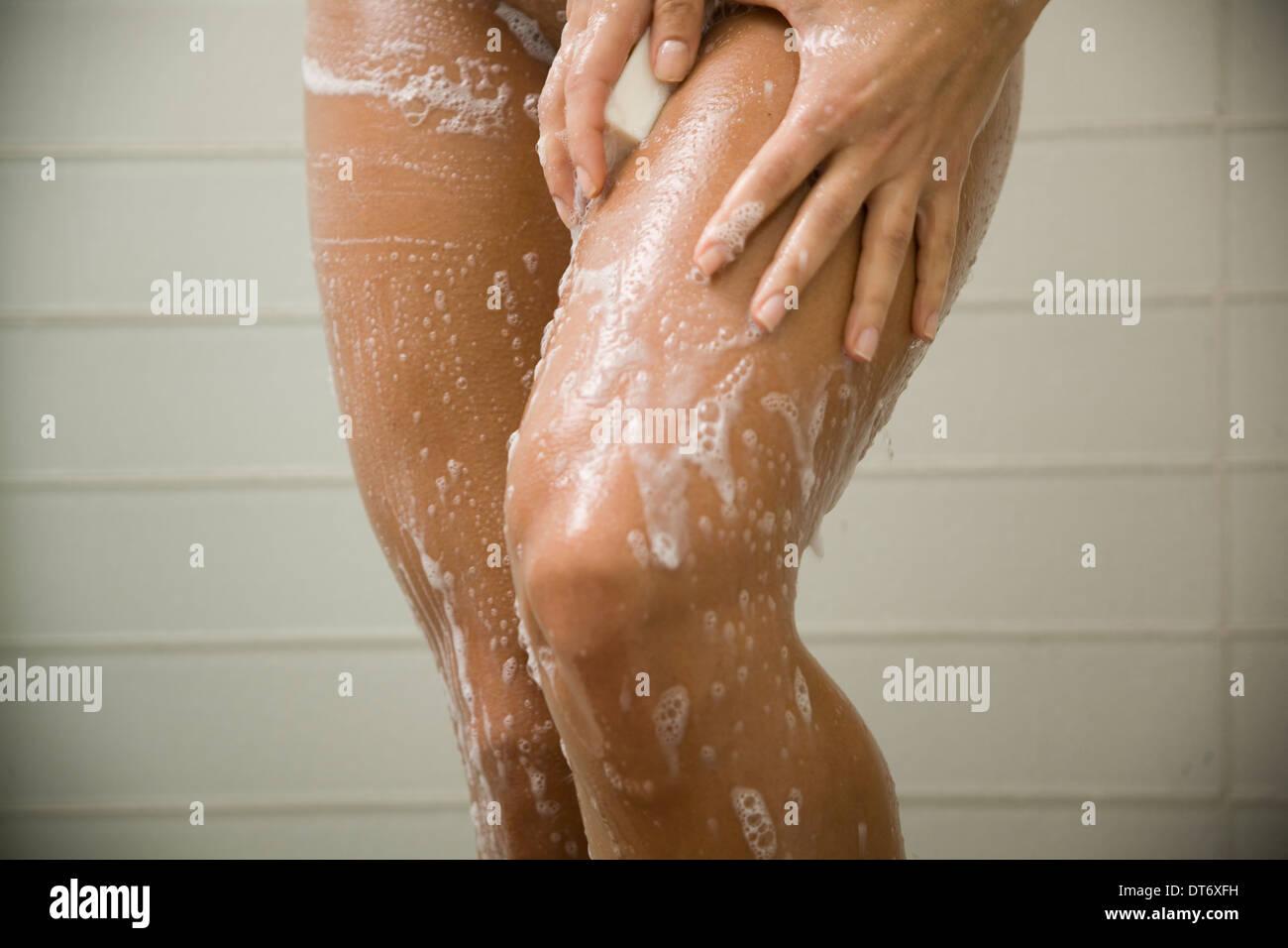 Mujeres Musulmanas Desnudas ducha, mujeres desnudas, niña fotografía de stock - alamy