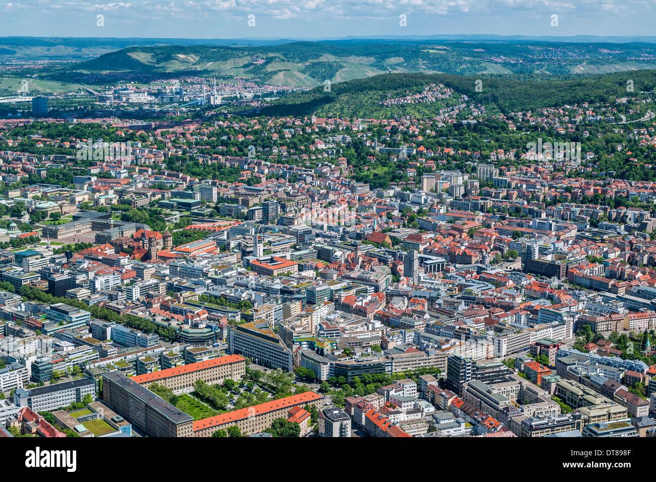 Alemania, Baden-Württemberg, vista aérea de Stuttgart, la metrópoli de Suabia Imagen De Stock