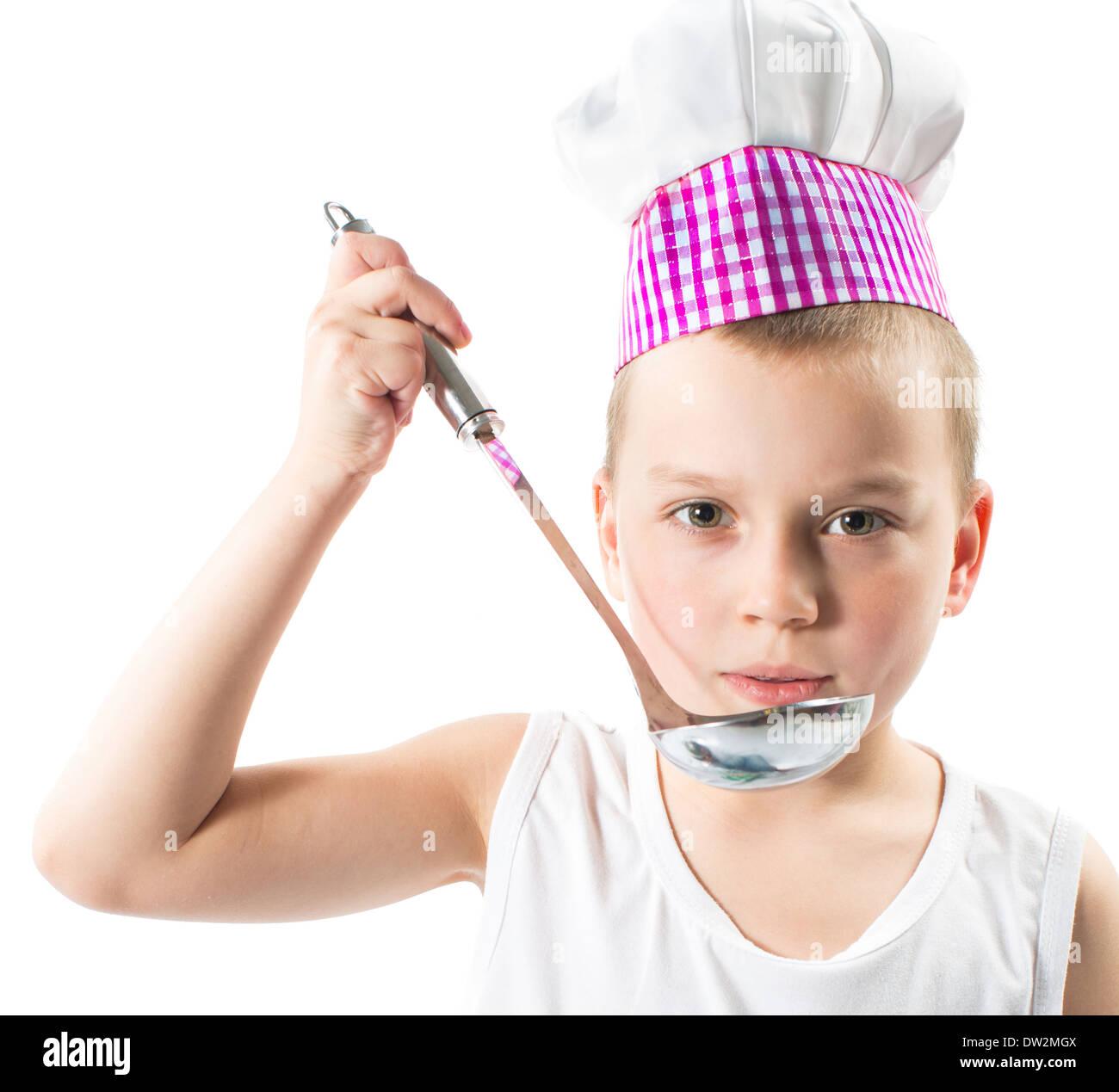 Cook chef boy vistiendo sombrero con verduras y frutas frescas. Utilizarlo  para un niño 34fbd73ab541