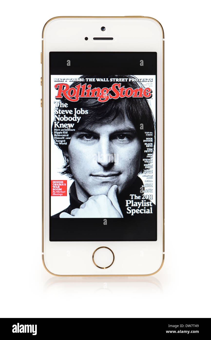 Steve Jobs en la portada de la revista Rolling Stone, en el iPhone 5S Screen, iPhone 5 S Imagen De Stock