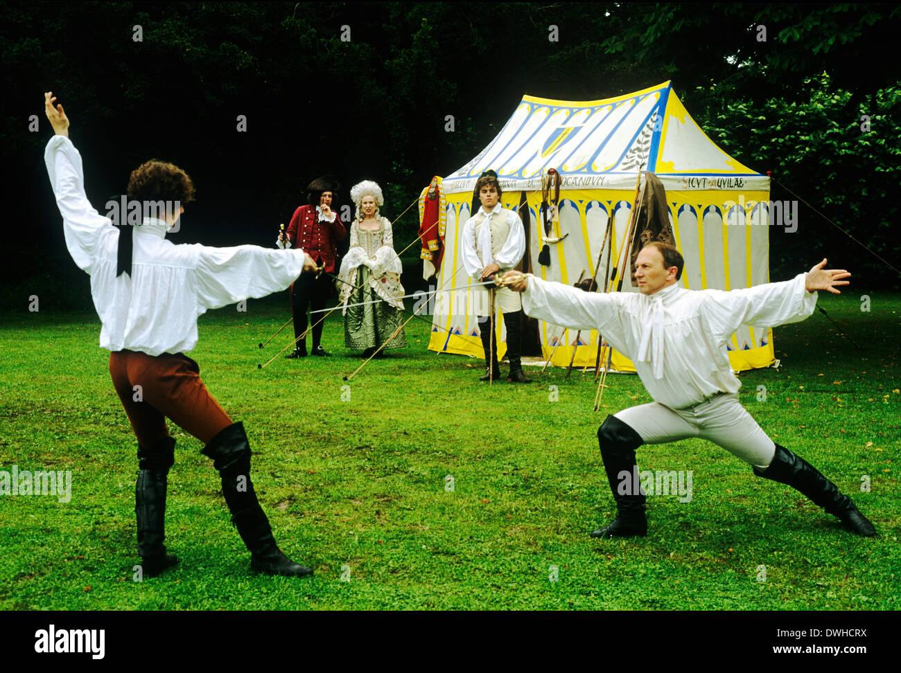 English Regency Período Duellists, a comienzos del siglo XIX, la recreación histórica, duelo con espadas Inglaterra duelist duelistas Imagen De Stock