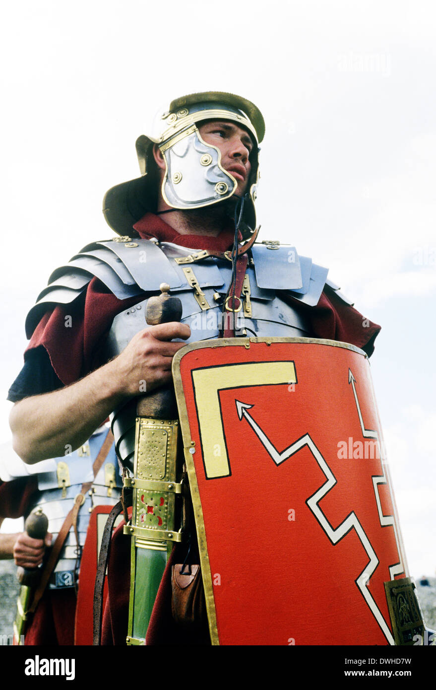 Soldado legionario romano del siglo I, la recreación histórica soldados Inglaterra Imagen De Stock