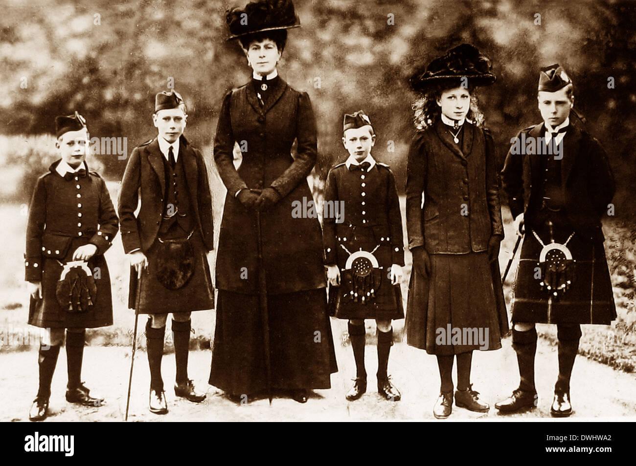 Queen Mary y Princes Albert Henry George y la Princesa María Imagen De Stock