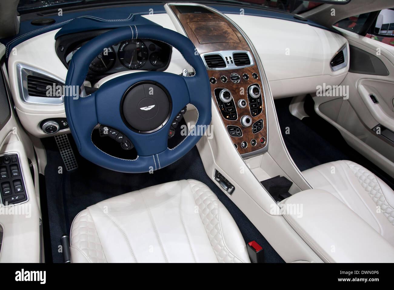 Aston Martin Interior Fotos E Imagenes De Stock Alamy