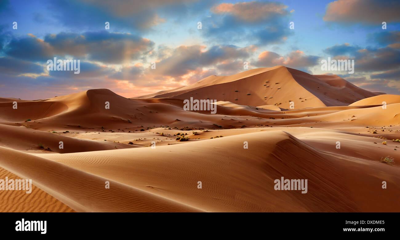 Sahara dunas de Erg Chebbi, Marruecos, África Imagen De Stock