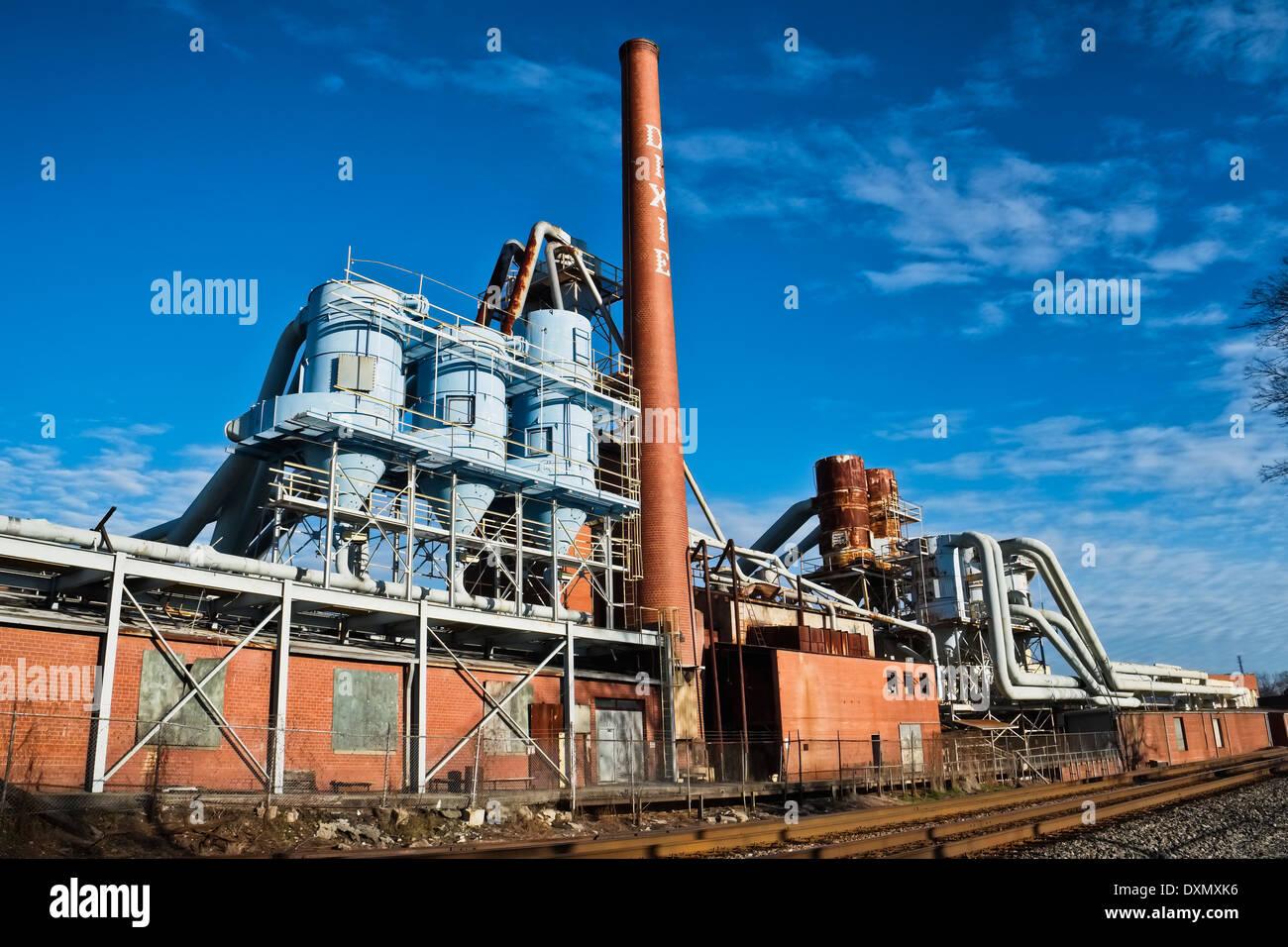 Antiguo edificio de la empresa de Muebles Dixie NC en Lexington, Carolina del Norte. cerrado mueve la industria industriales abandonados subcontratados Imagen De Stock