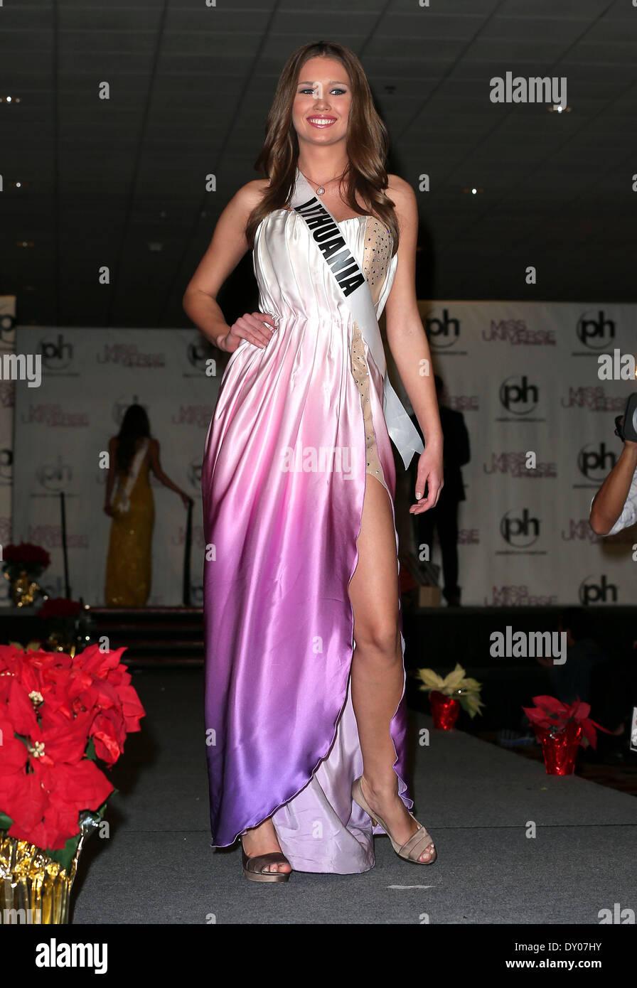 Miss Universo llegadas en el Planet Hollywood Resort and Casino en Las Vegas con: Greta Mikalauskyte Miss Lituania Foto de stock