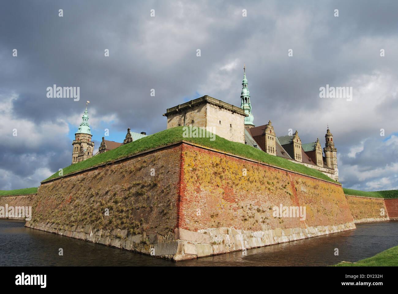 El castillo de Elsinore, Hamlet es la residencia, Helsingor, danmark Foto de stock