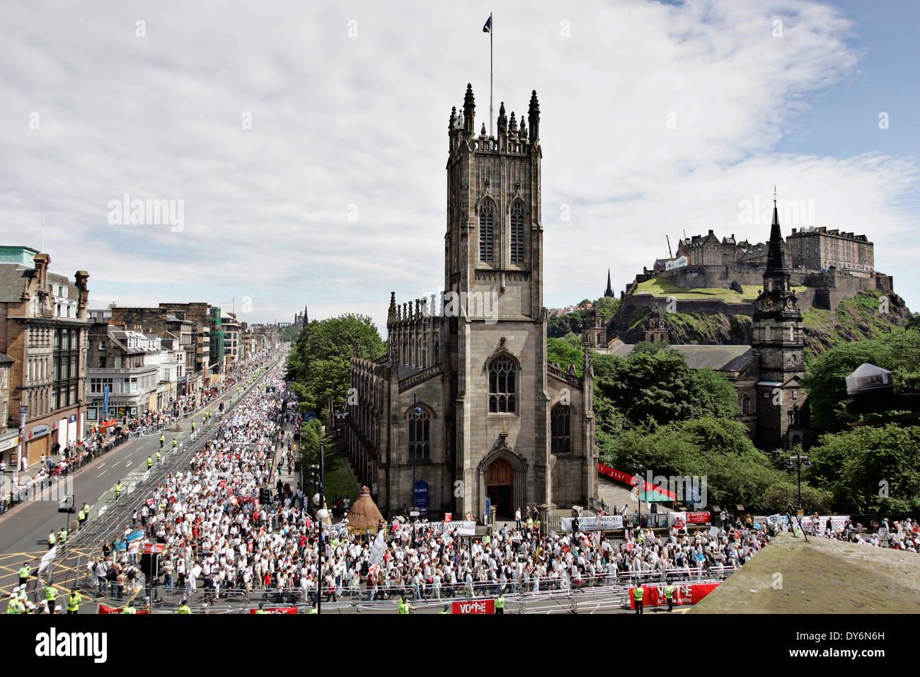 Hagamos de la pobreza historia protesta contra la cumbre del G8 en Edimburgo. Imagen De Stock