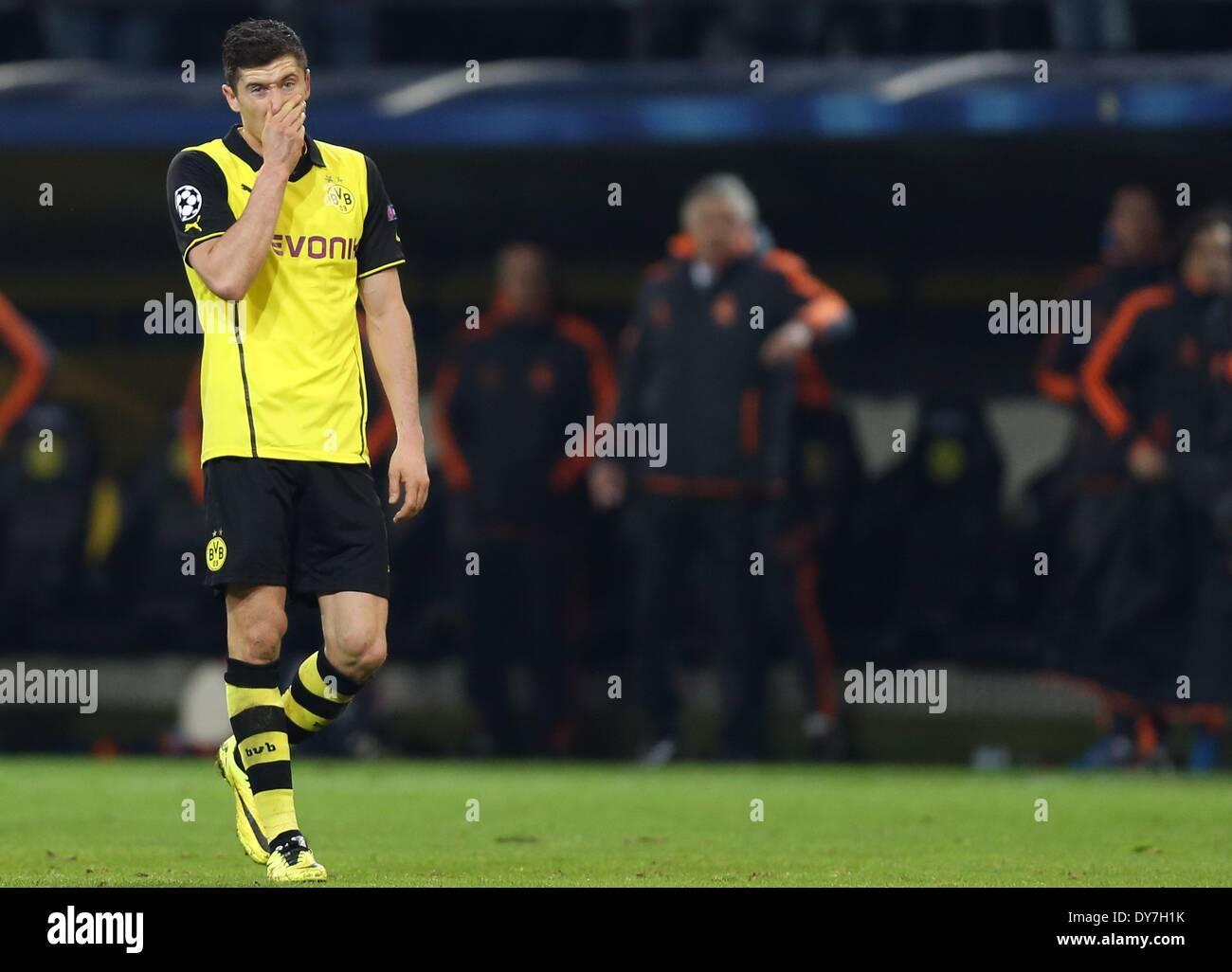 Dortmund, Alemania. 08 abr, 2014. Dortmund Robert Lewandowski ...