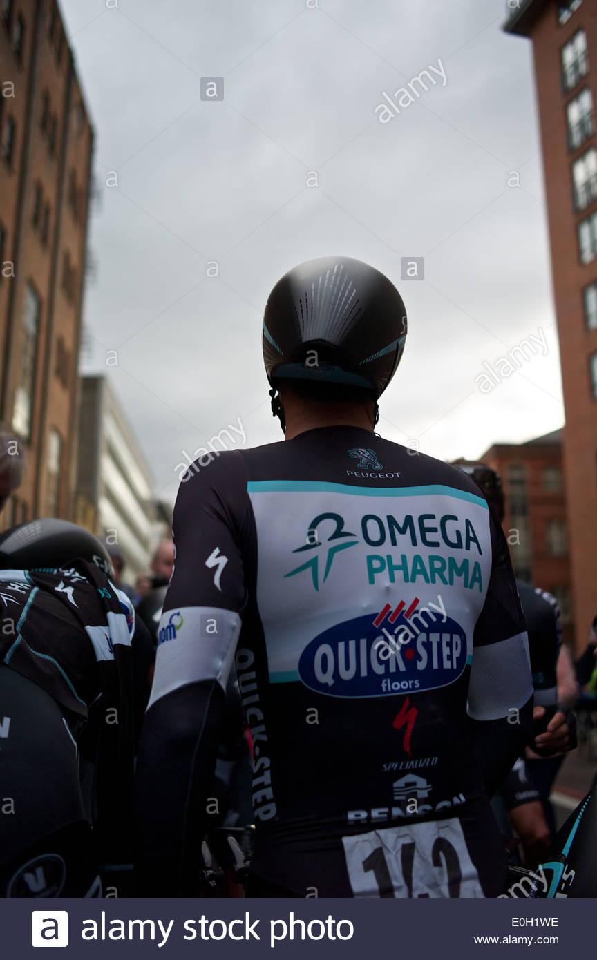 Omega Pharma Quick Step en el extremo del equipo contrarreloj en la etapa del Giro d'Italia 2014 en Belfast. Imagen De Stock