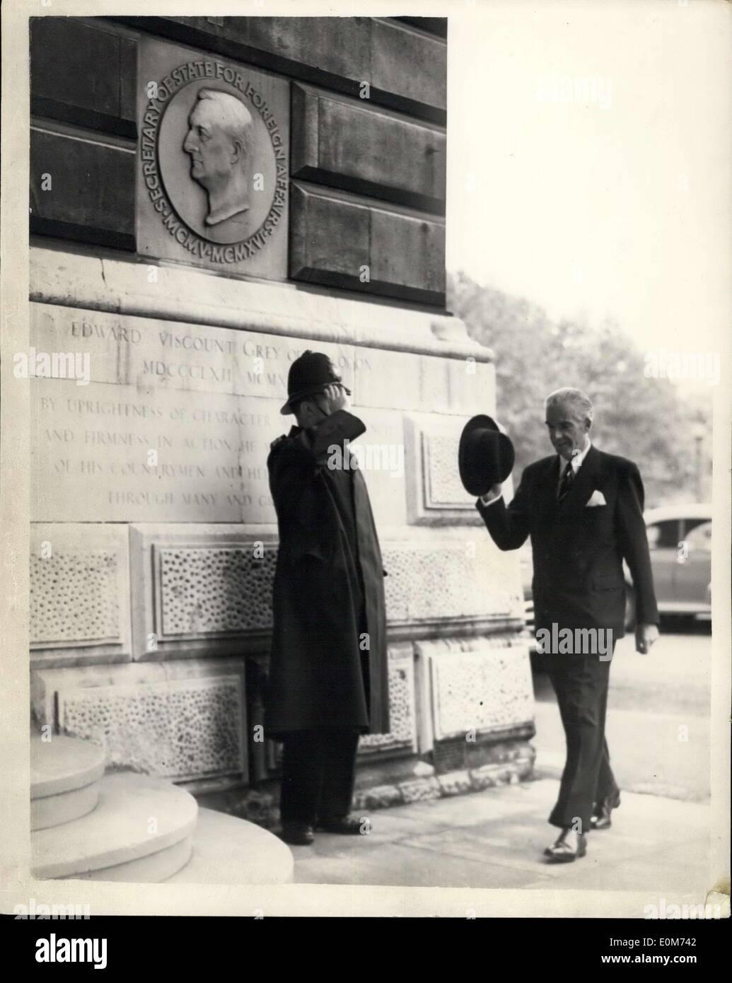 Octubre 05, 1953 - Anthony Eden, regresa a la oficina de relaciones ...