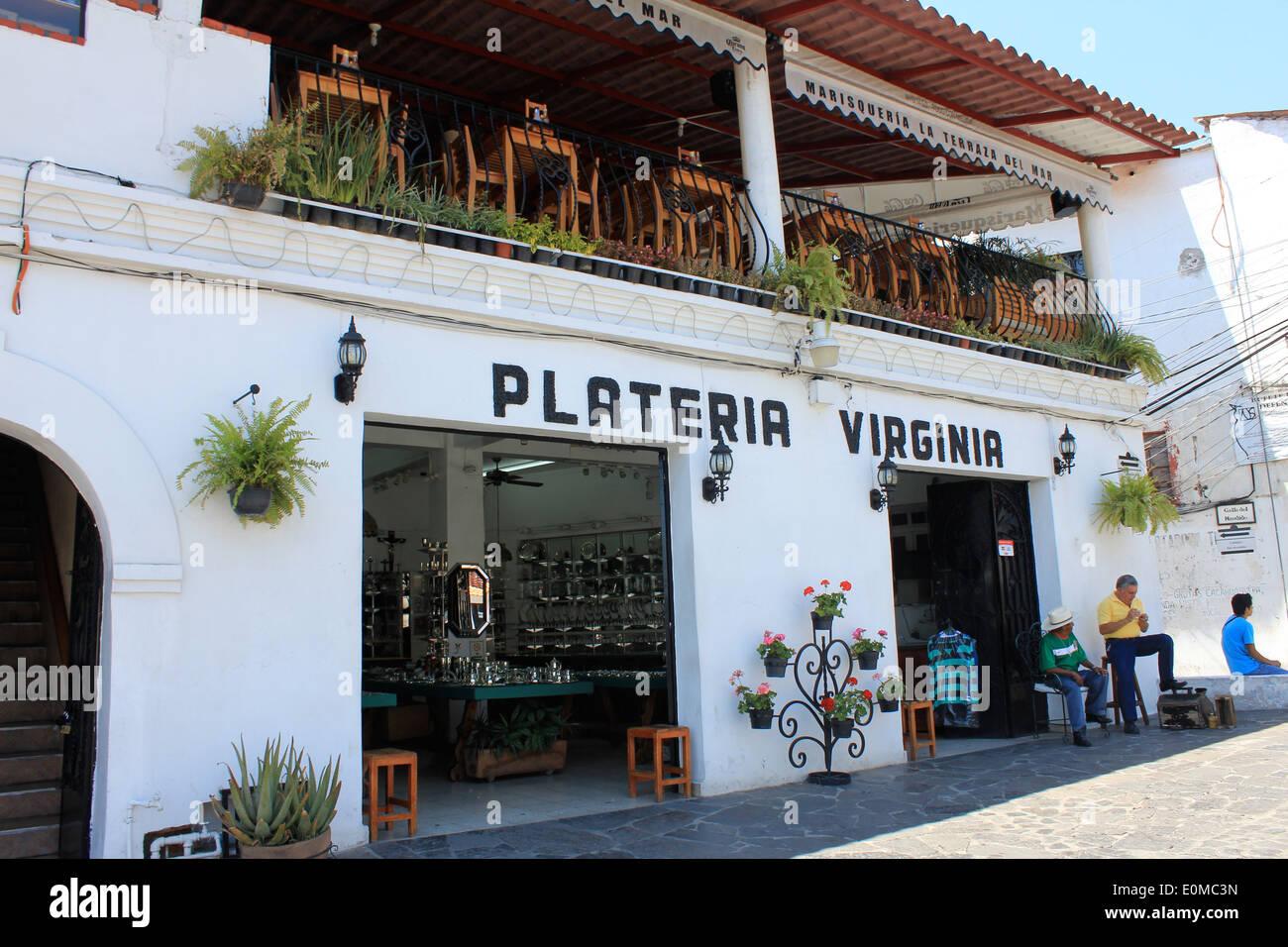 0e45aa060c17 Una tienda de platería en la ciudad minera de plata de Taxco en el estado  de Guerrero