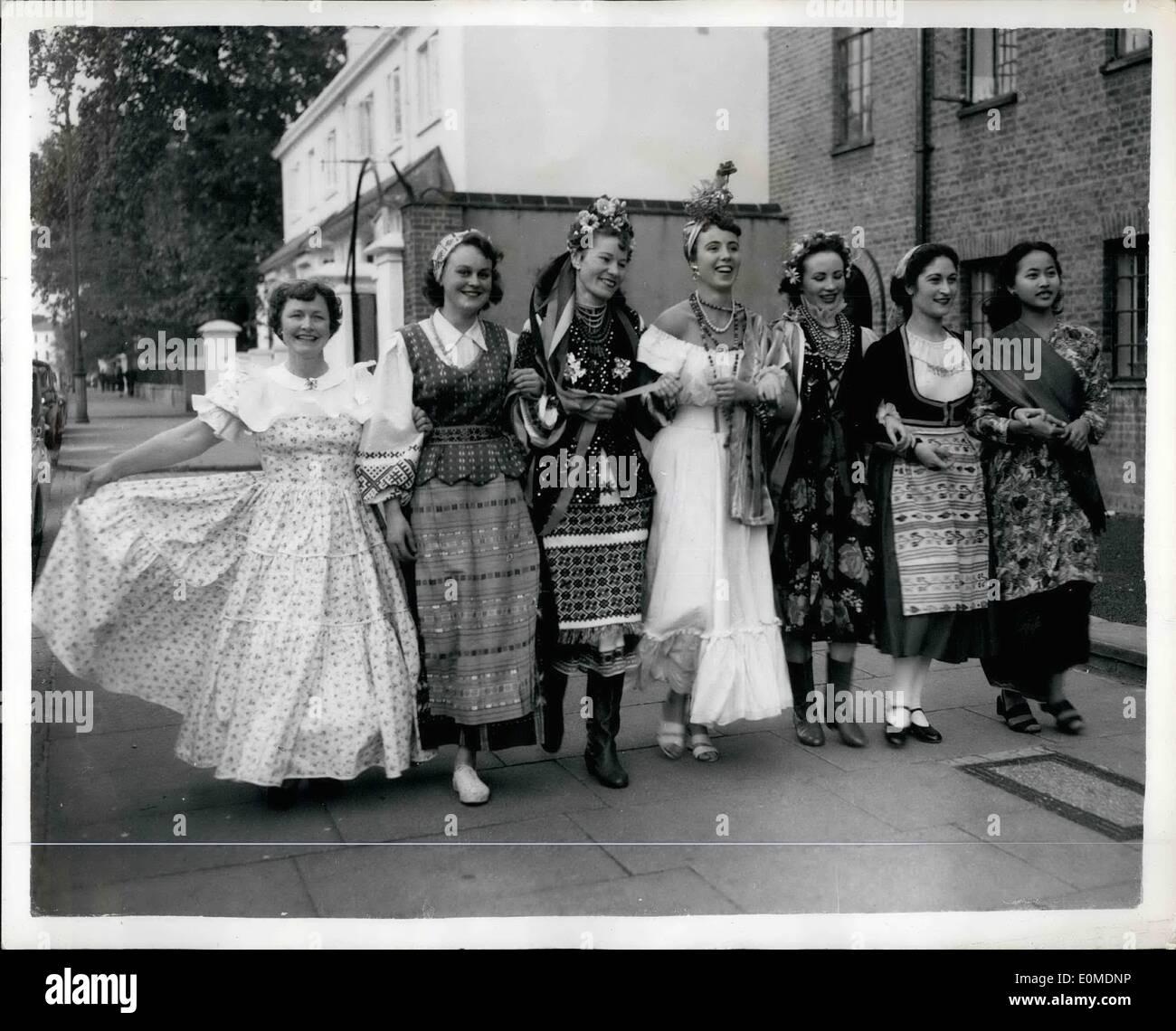 Octubre 18, 1954 - 18-10-54 Festival Internacional de Danza de ensayo. Los competidores llegan a un ensayo general Foto de stock