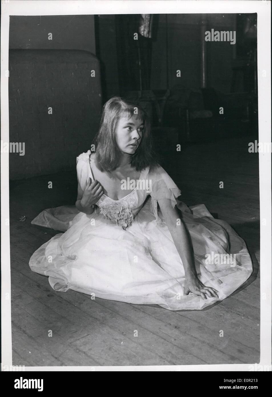 Septiembre 09, 1957 - Judi Dench como Ofelia en el Old Vic Foto de stock