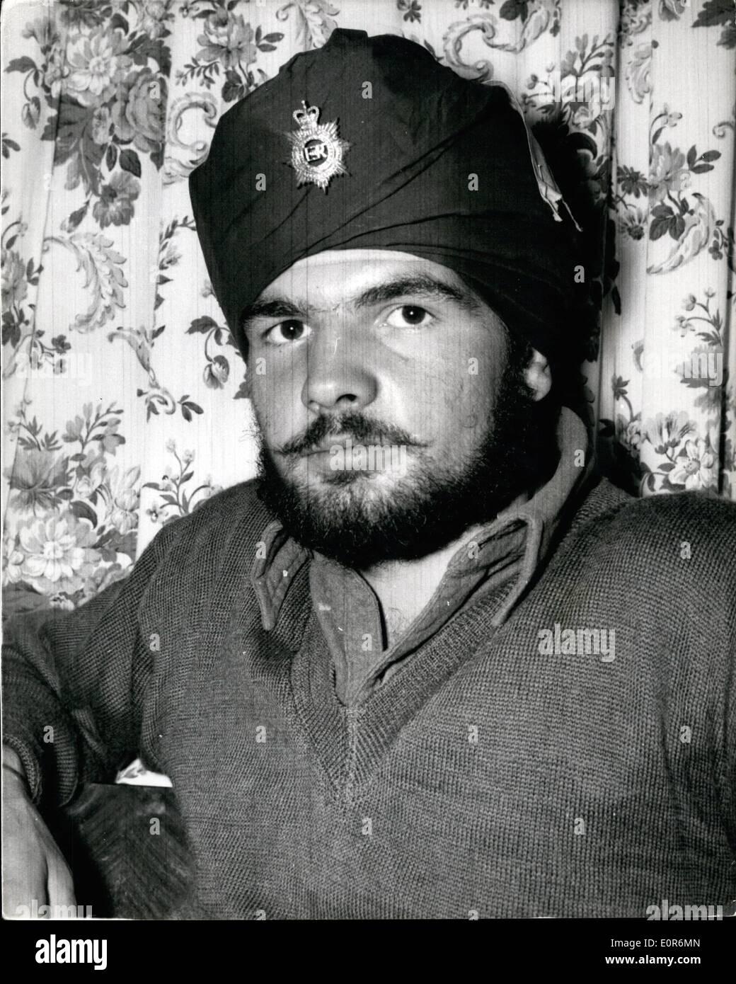 Mayo 02, 1958 - 2-5-58 el servicio nacional hombre que gira sij, llega a casa, pero dice que él está volviendo ââ'¬â€oePrivate Foto de stock