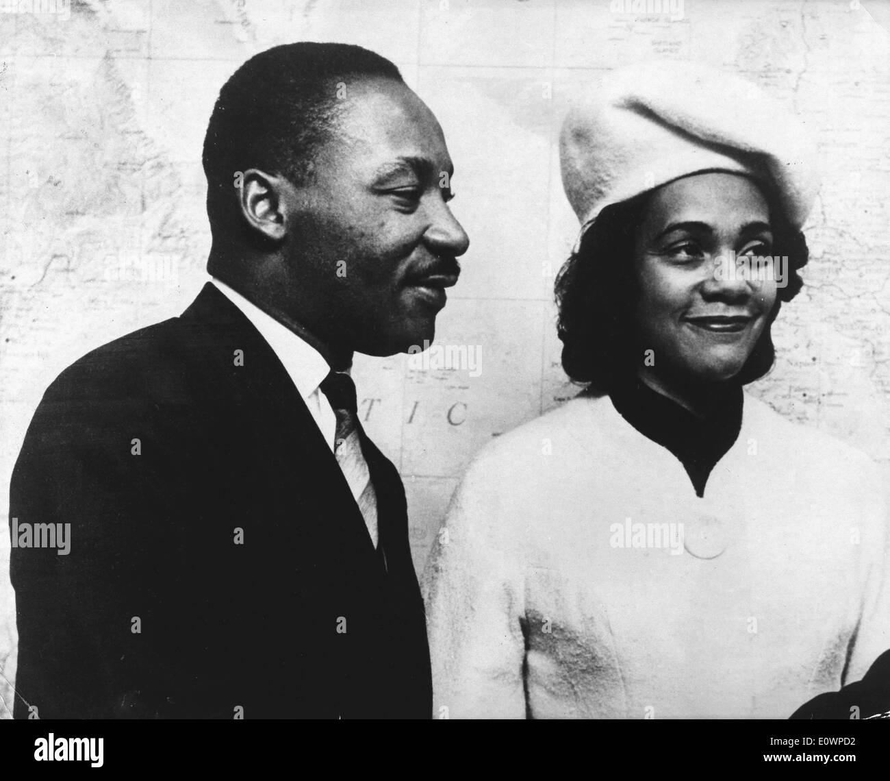 Martin Luther King, Jr. con su esposa Coretta Scott King Foto de stock