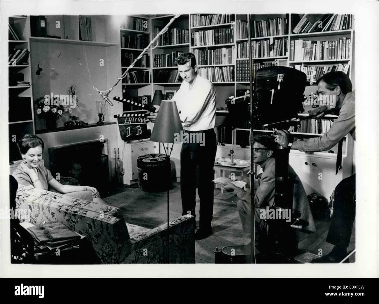 Agosto 08, 1966 - La Princesa Margarethe de Dinamarca dará Resumen En la exhibición de su película de gira latinoamericana: un color película retrata el viaje realizado a comienzos de este año por la heredera al trono danés, la Princesa Margarethe para América Latina, tendrá su primera exhibición en Copenhague el 8 de septiembre. En una introducción a la película, la Princesa dará un breve resumen de sus impresiones de la gira, el rodaje de la película que tuvo lugar en su residencia privada en el Palacio Amalienborg, en Copenhague, bajo el productor danés Claus Toksvig Imagen De Stock