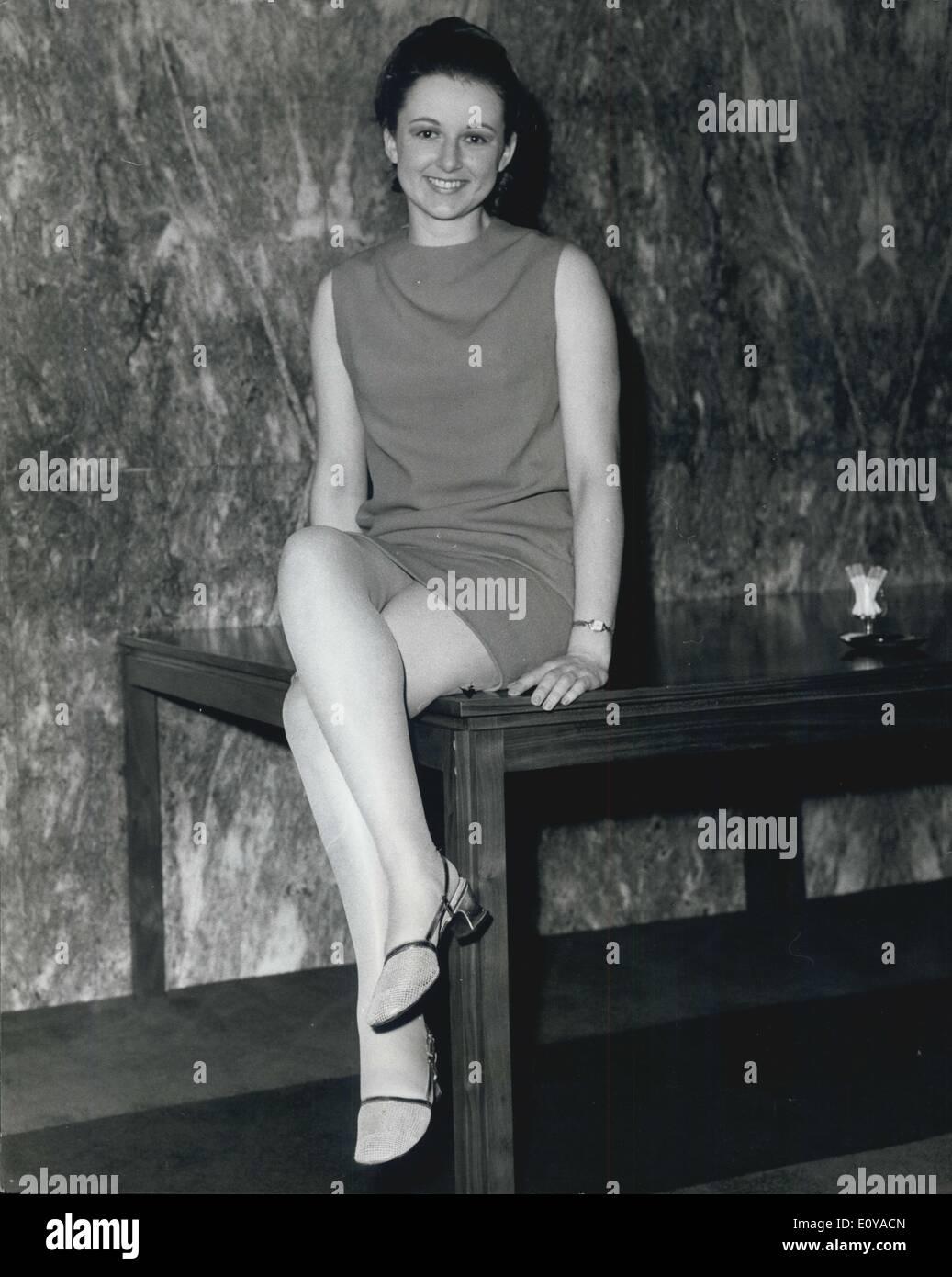 Erika Sawajiri (b. 1986) picture