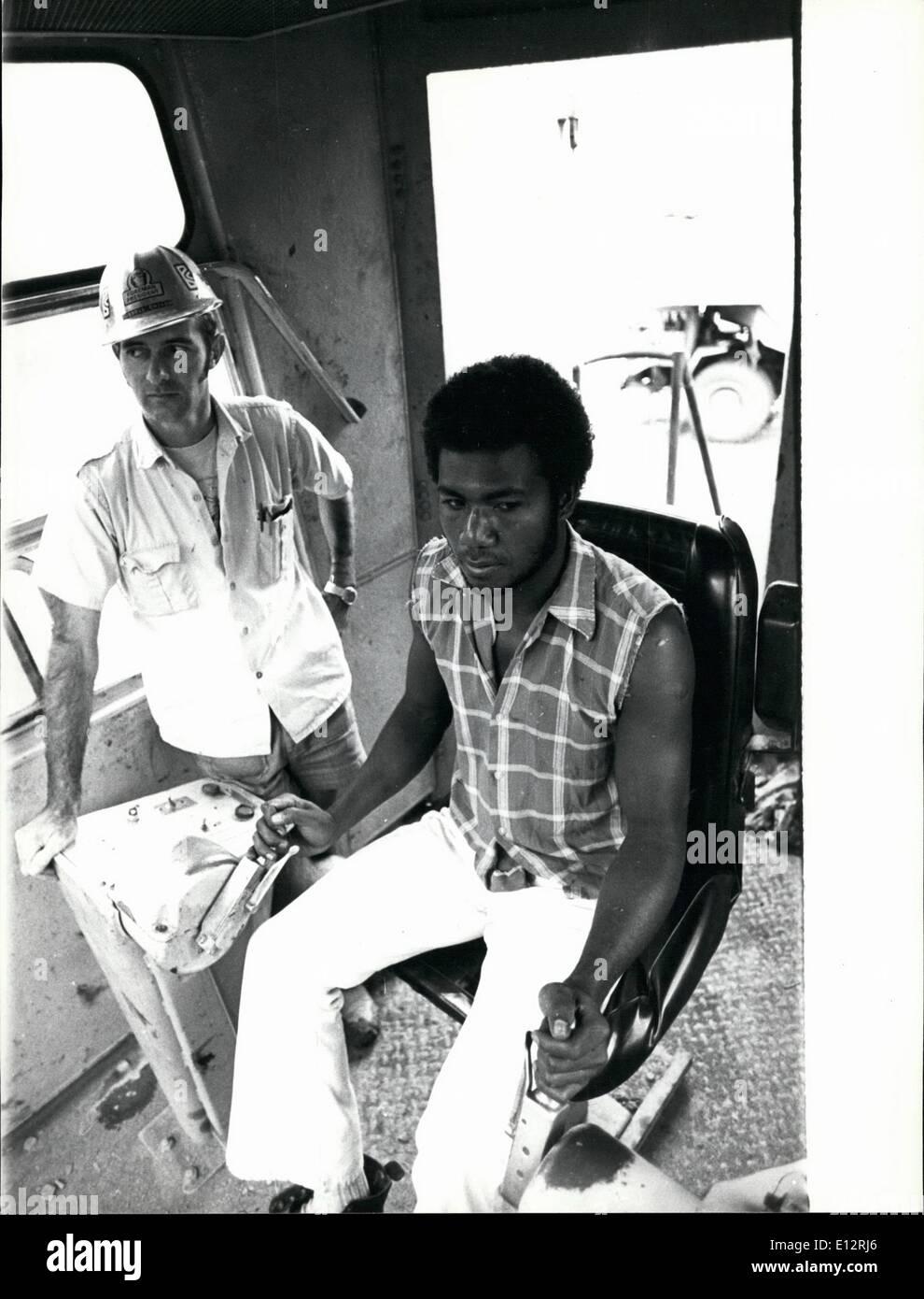 El 25 de febrero, 2012 - Formación de Papua Nueva Guinea negros en mina. Isla de Bougainvillea. Imagen De Stock