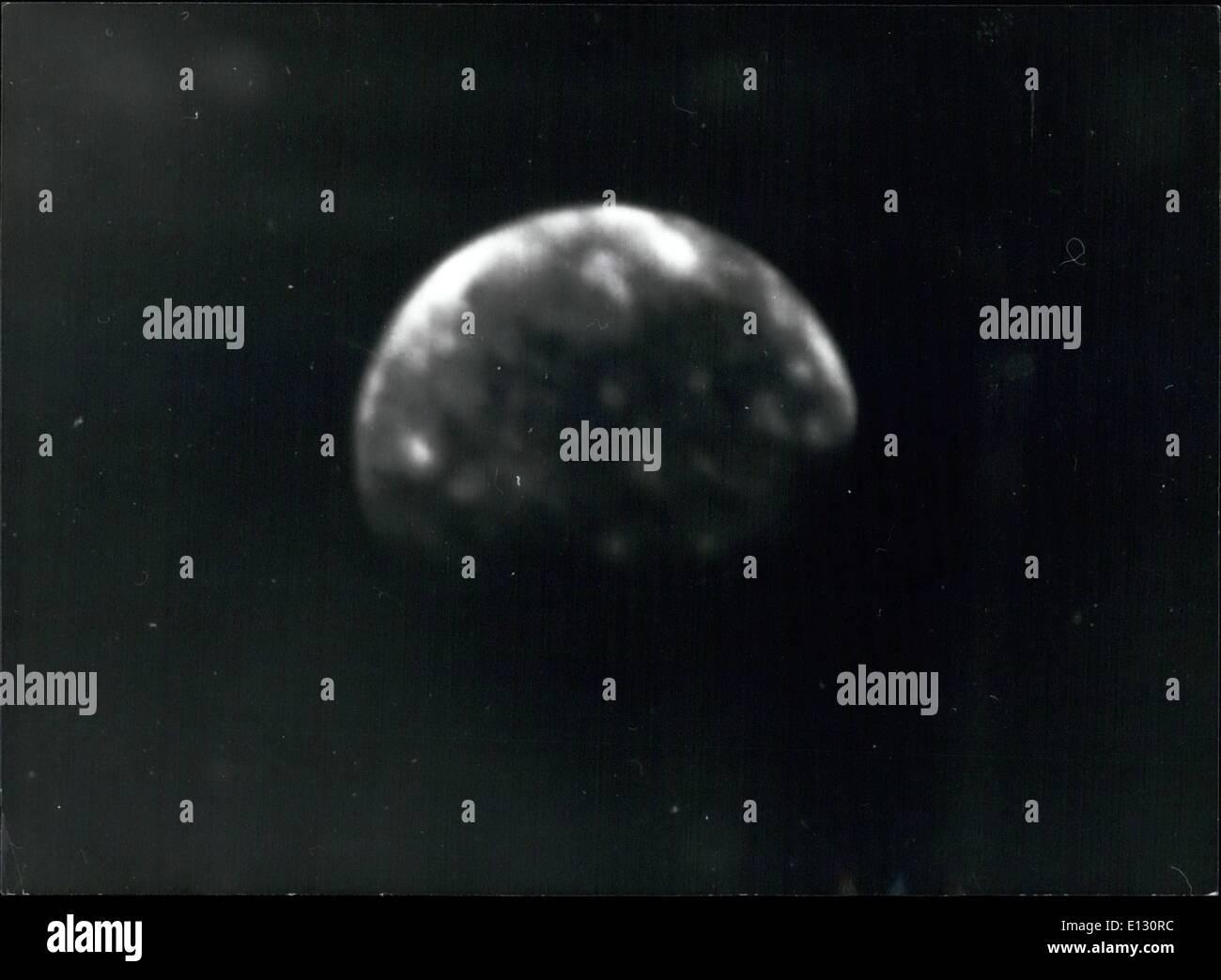 Febrero 26, 2012 - regiones ultraperiféricas de cuatro satélites galileanos de Júpiter: Esta foto de Calisto, ultraperiféricas Foto de stock
