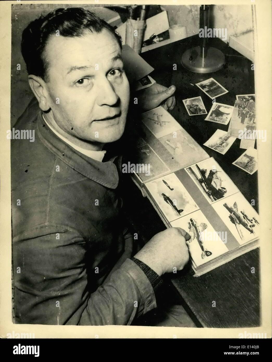 Marzo 31, 2012 - hace 15 años fue derribado por Peter Townsend. Hace 15 años, Karl Missy, suboficiales de la Fuerza Aérea Alemana, fue derribado por Peter Townsend. El infierno (Heinckel malos), en la cual Missy voló como operador de radio y artillero de estribor - acaba de terminar un bombardeo en Inglaterra, cuando, en el viaje de regreso a Alemania, fueron atacados por tres spitfires Británicos, dirigido por Peter Townsend, entonces 24. El alemán Hall fue obligada a aterrizar en suelo británico. Missy fue gravemente herido en esta lucha, y en 10 horas se sometió a siete operaciones importantes en un hospital inglés Imagen De Stock