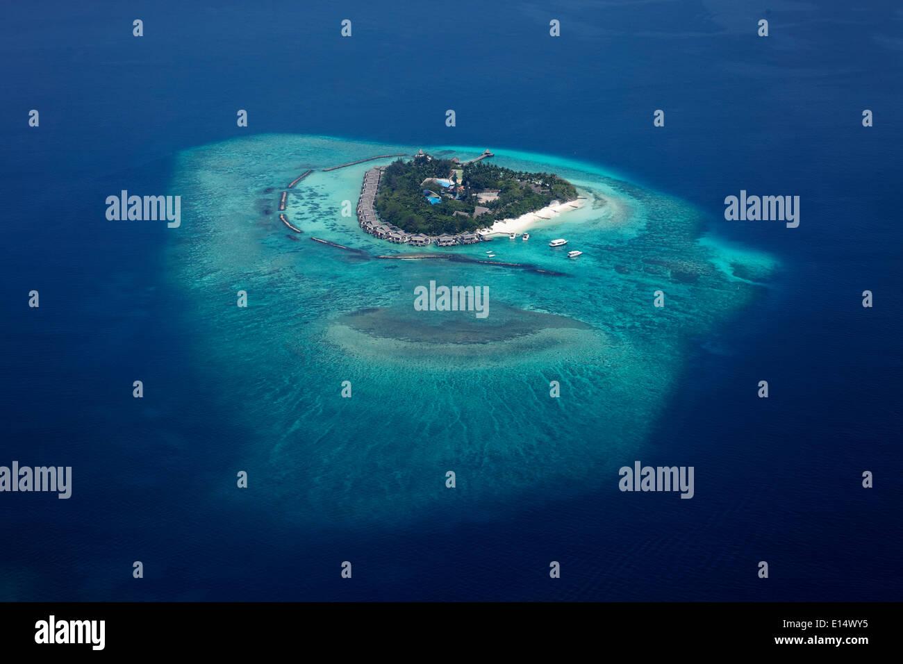 Vista aérea de la isla, en el Océano Índico, Maldivas Foto de stock