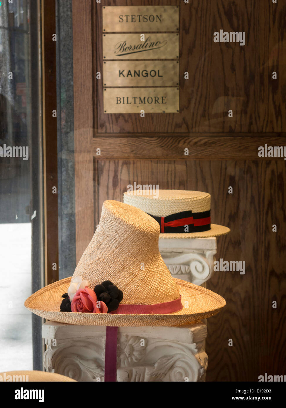 Borsalino Shop Imágenes De Stock   Borsalino Shop Fotos De Stock - Alamy da195581d2b