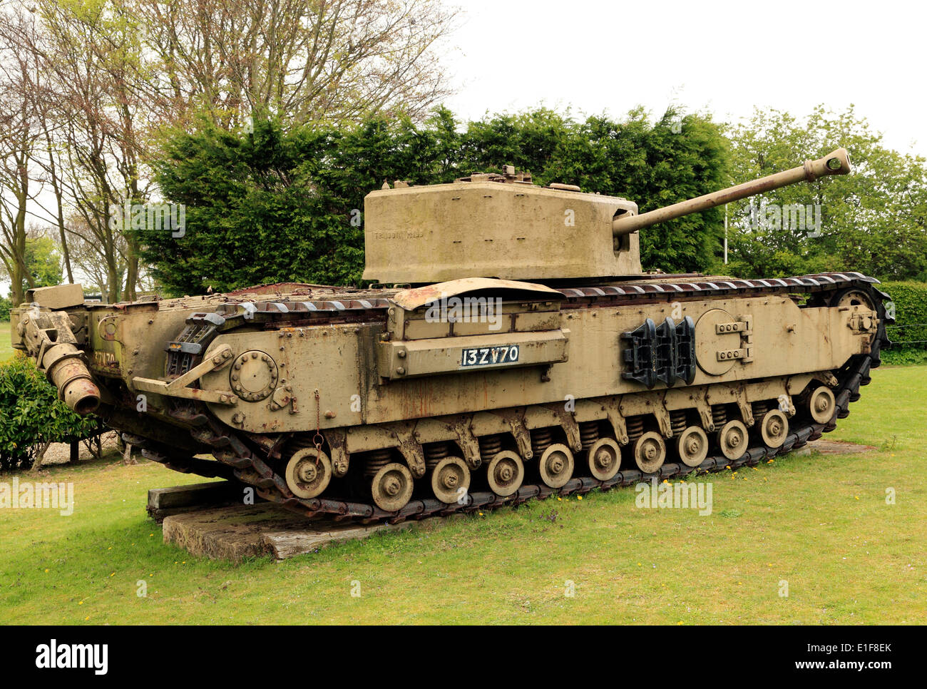 Muckleburgh Depósito y recogida de vehículos militares, tanques Weybourne Norfolk Inglaterra Imagen De Stock