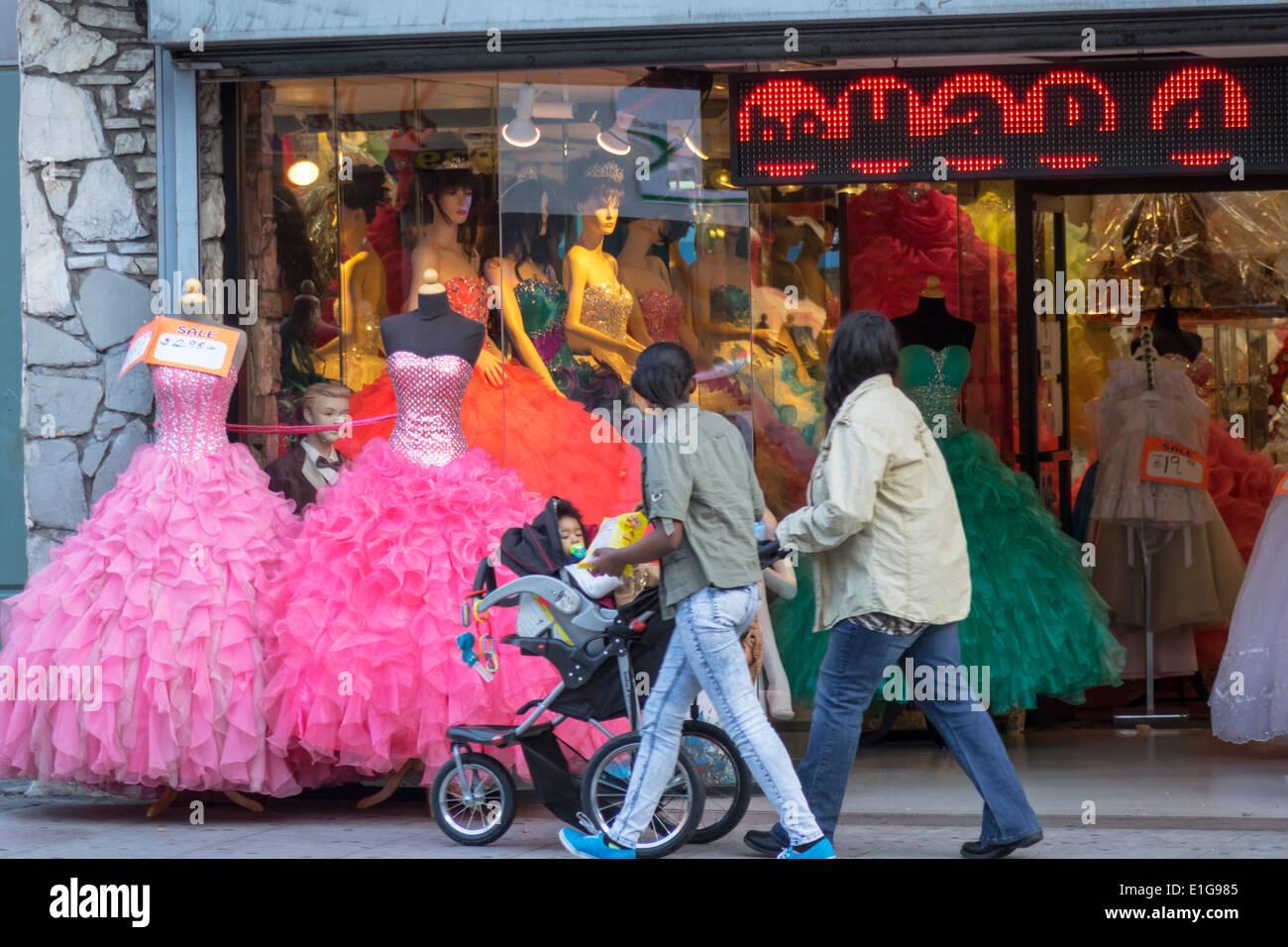 9f1e623390 Los Angeles CA California L.A. El centro expositor de escaparate de tienda  de compras de negocios maniqui Quinceañera Quinceañera vestido de fiesta  vestido ...