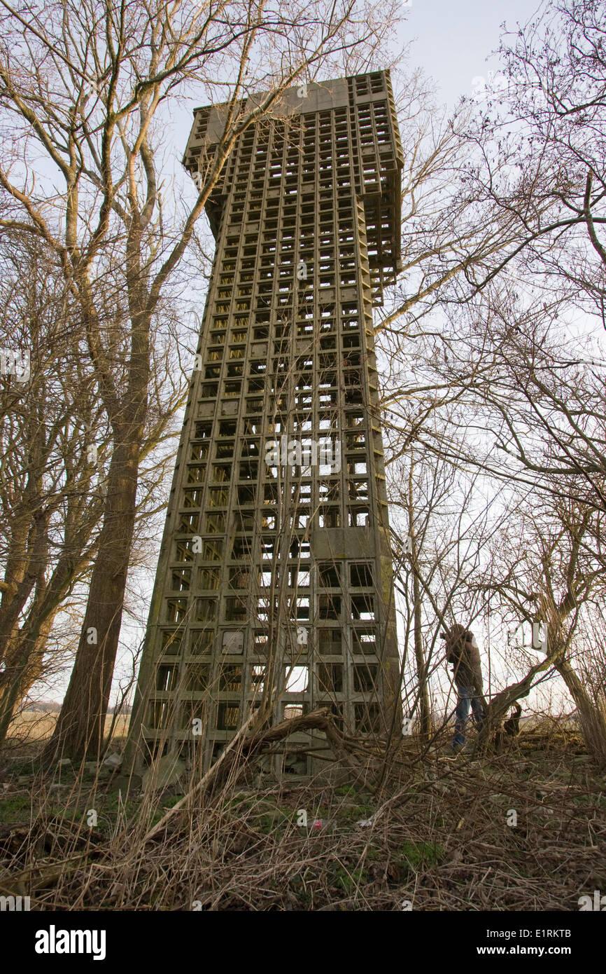 En el apogeo de la guerra fría (principios de 1950) 138 torres de defensa aérea fueron construidos a partir de la cual los voluntarios capturado el cielo para los aviones enemigos. Imagen De Stock