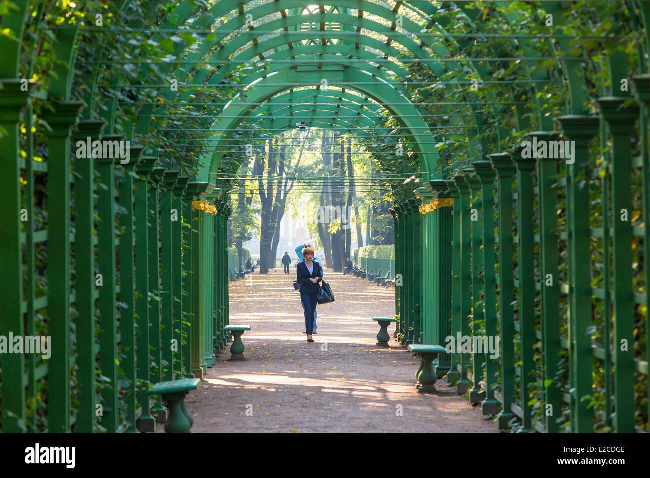 Rusia, San Petersburgo, catalogado como Patrimonio Mundial por la UNESCO, el jardín de verano Imagen De Stock
