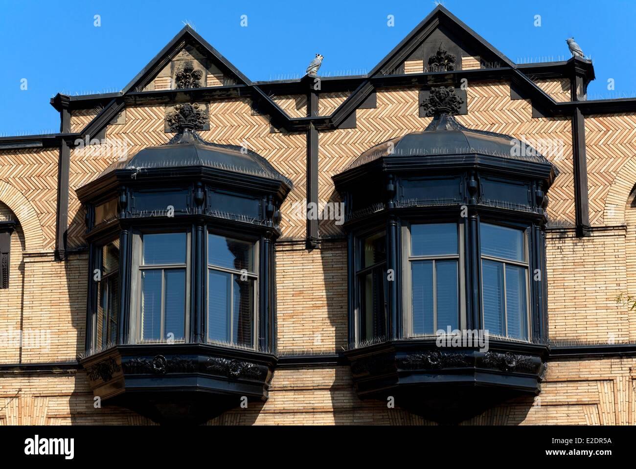 Montreal Quebec Province Canadá Plateau Mont-Royal fachada original de una antigua casa bow windows Imagen De Stock
