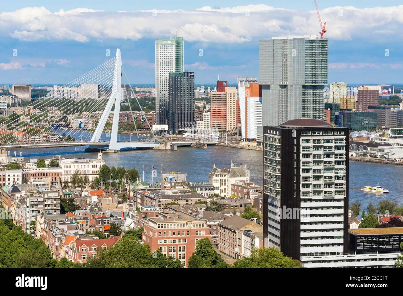 Países Bajos Holanda del Sur vista de Rotterdam Euromast Nieuwe Maas River edificio ecológico Maastoren Imagen De Stock