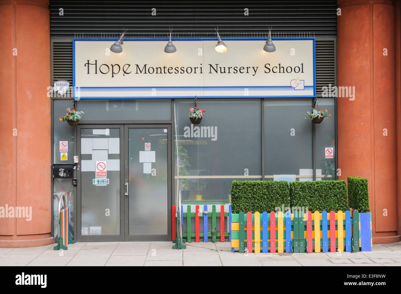 Espero guardería Montessori School de Londres Foto de stock