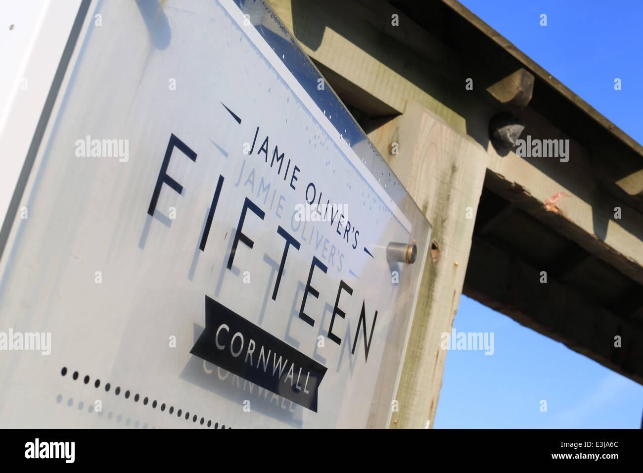 Número quince restaurante Watergate Bay Cornwall propiedad de Jamie Oliver. 15 restaurante Cornwall Imagen De Stock